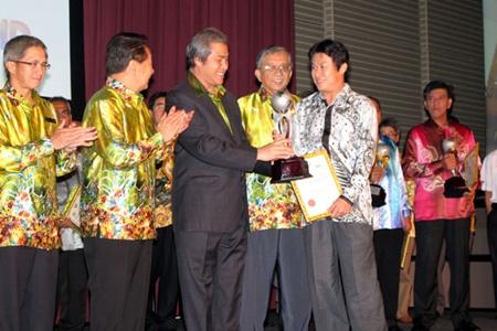East Coast Wins the Sarawak Chief Minister's Environmental Award (CMEA) 2010 for SME's